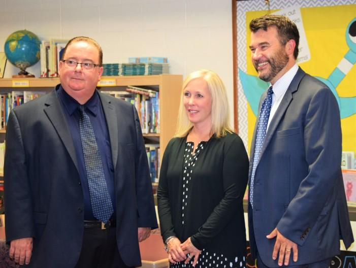 State Superintendent visits award-winning library at Carpenter