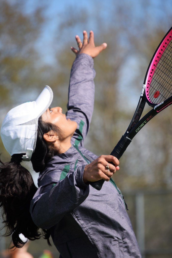 Lake Orion girls varsity tennis team off to a good start, look to finish strong in OAA White Division