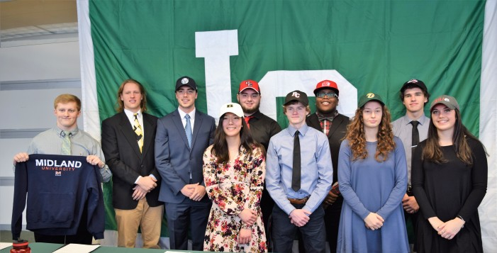 10 (more) Dragons sign to play college sports