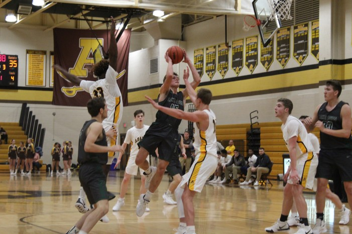 Looking Good: boys varsity basketball team starts out season strong