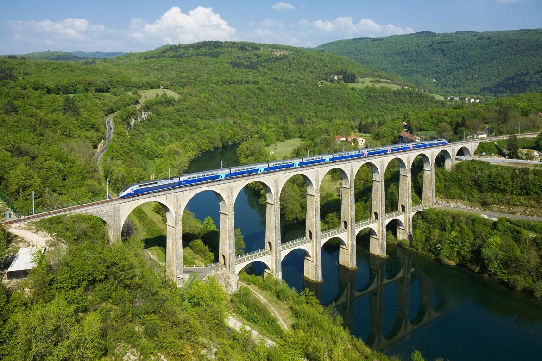SNCF_TGV_Duplex_Viaduc_de_Cize_-_Bolozon
