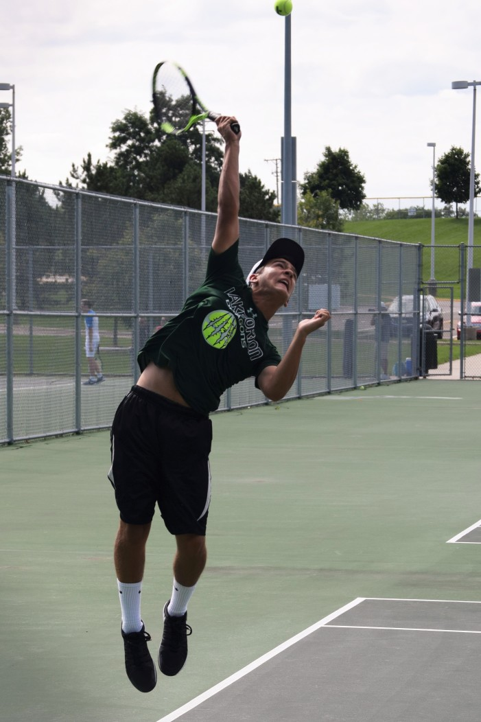 Varsity tennis starts season strong with win over Brandon