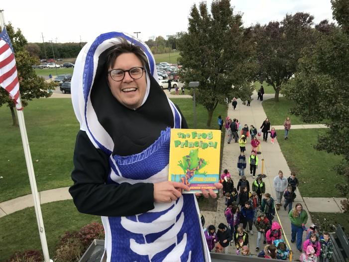 Orion Oaks Elem. celebrates Reader's Week, PTO Incentive Assembly with zany fun