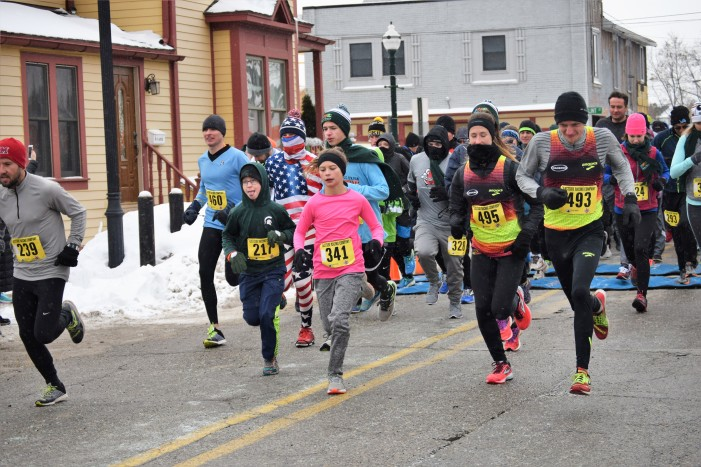 Runners brave frigid temps this New Year's during DDAs' annual Resolution Run