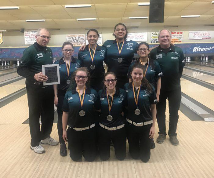 Girls Bowling team takes on regional tournament