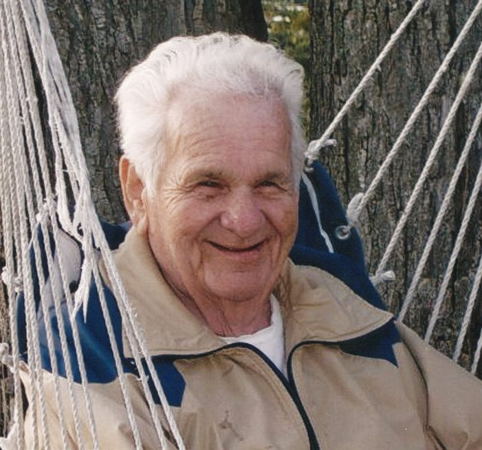 Robinson, Robert A.; 95, of Lake Orion