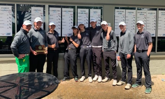 LOHS varsity golfers win Oakland County Championship title