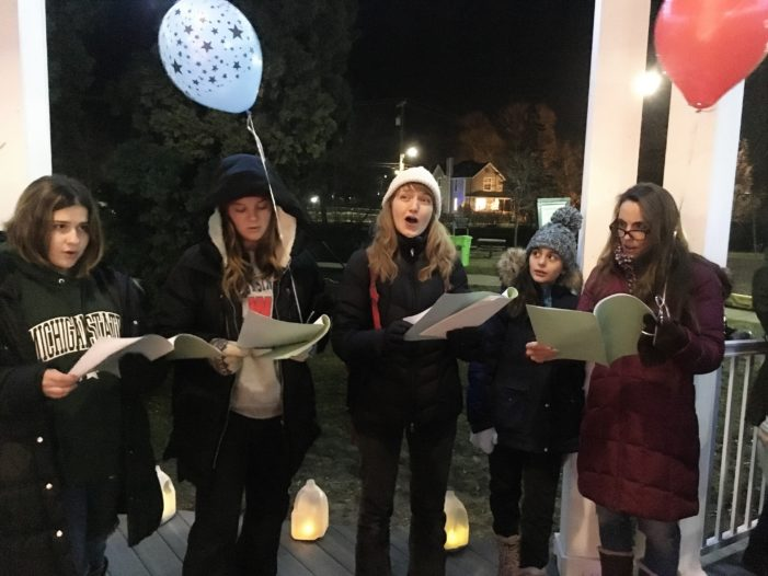 Sing & Stroll, tree lighting highlight festivities in Lake Orion on Dec. 12
