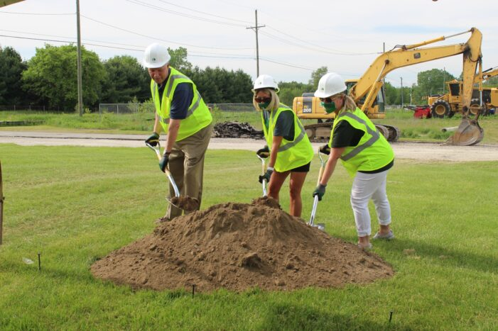 Lake Orion Schools breaks ground on Early Childhood Center