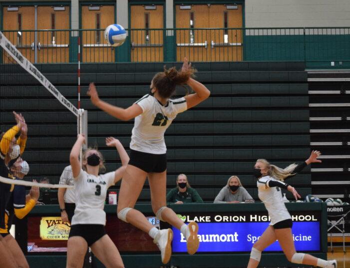 LOHS volleyball goes on winning streak