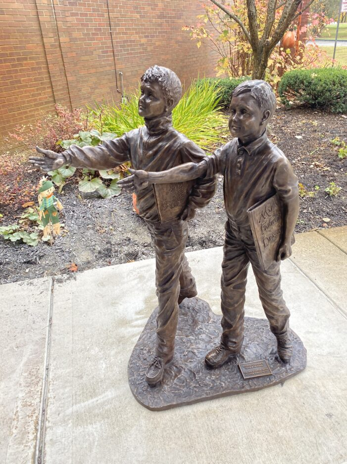 Orion Twp. Library receives new bronze statue from anonymous donor