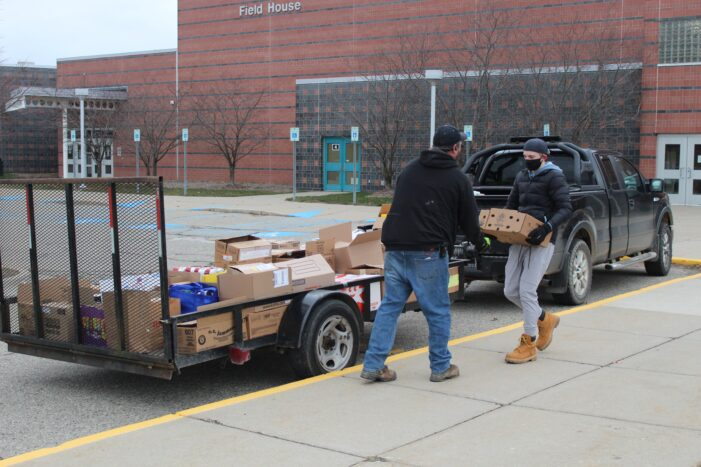 LOHS Leadership class donates to Lake Orion Lions