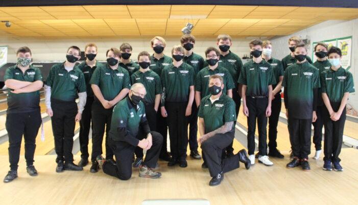 Lake Orion High School boys bowling team eye fundamentals in rebuilding season