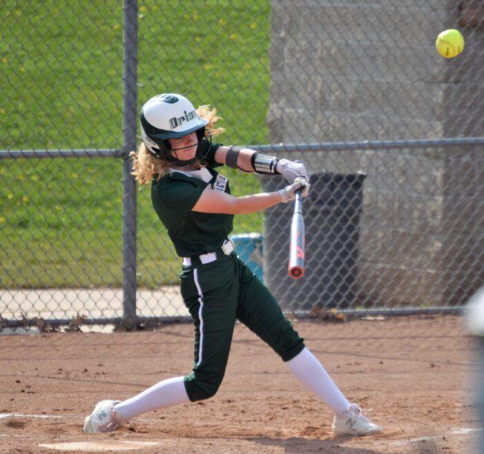 Varsity softball looks to take OAA Red