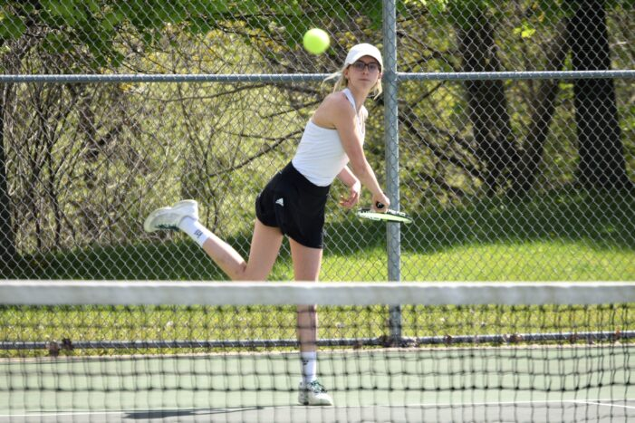 Lady Dragon tennis go 8-3-1 ahead of regional play