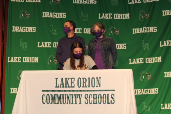 LOHS student-athletes sign college letters of intent