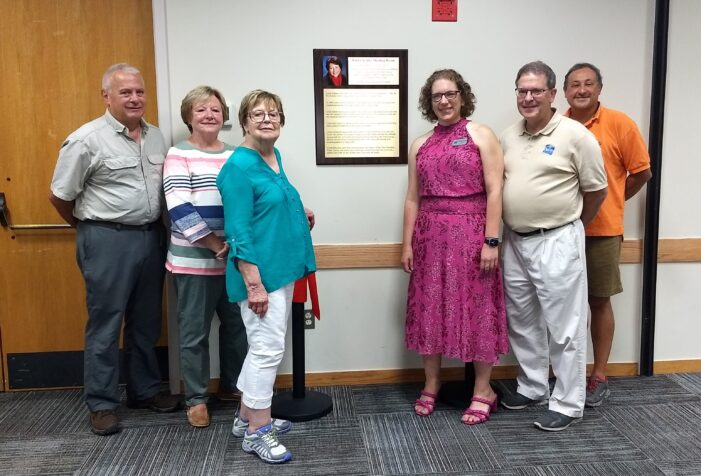 Orion Library honors former director Linda Sickles
